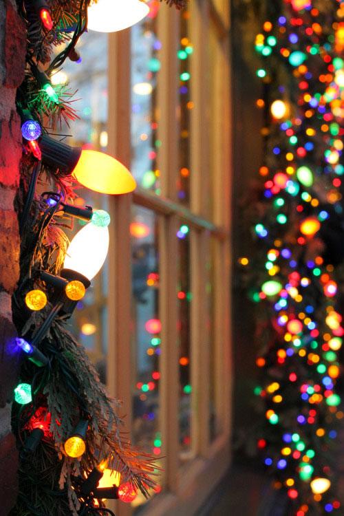 Holiday Lighting Guide - AnaRosa
