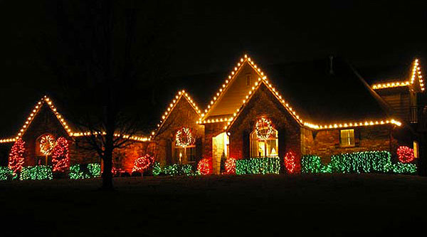 Holiday Lighting Guide - Proactive Landscaping
